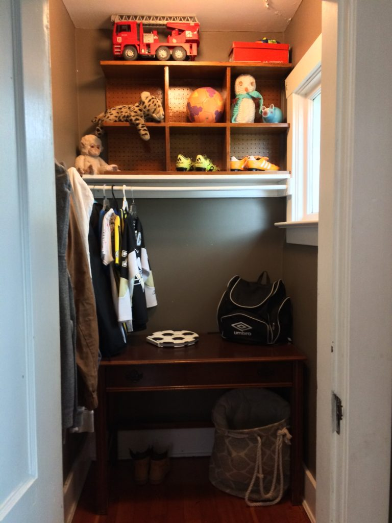 Fix it Friday: How to add a antique dresser to a already full kids room